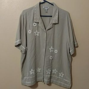 Size 24w Alfred dunner button up blouse